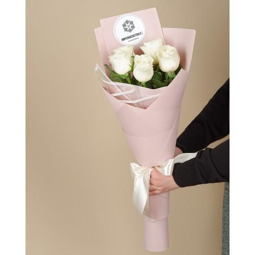 Купить на заказ Букет из 5 роз с доставкой в Атбасаре