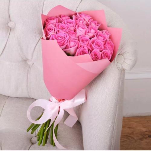 Купить на заказ Букет из 21 розовой розы с доставкой в Атбасаре