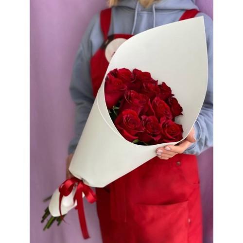 Купить на заказ Букет из 11 красных роз с доставкой в Атбасаре