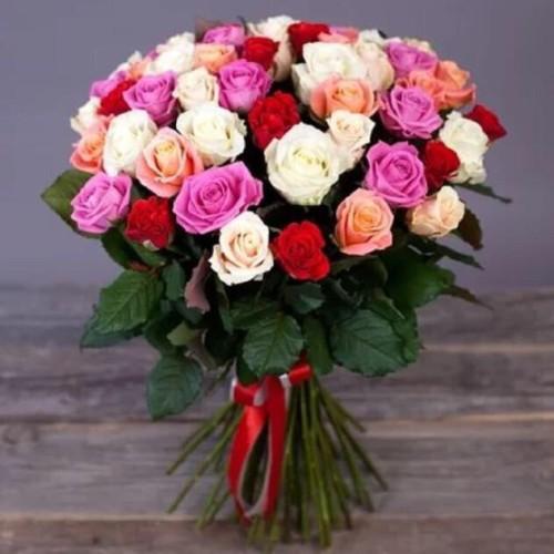 Купить на заказ Букет из 31 розы (микс) с доставкой в Атбасаре